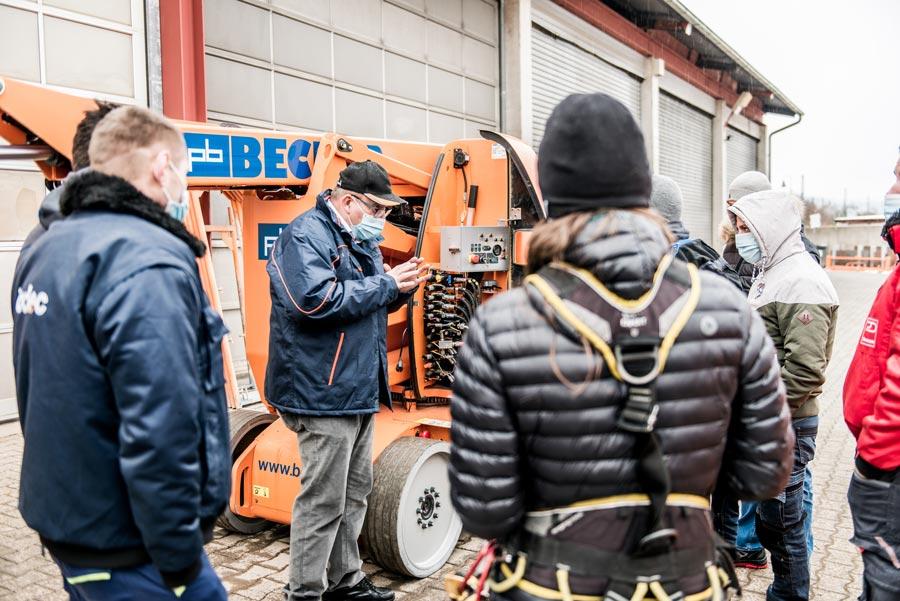 Sicherheitsschulungen für Hubarbeitsbühnen